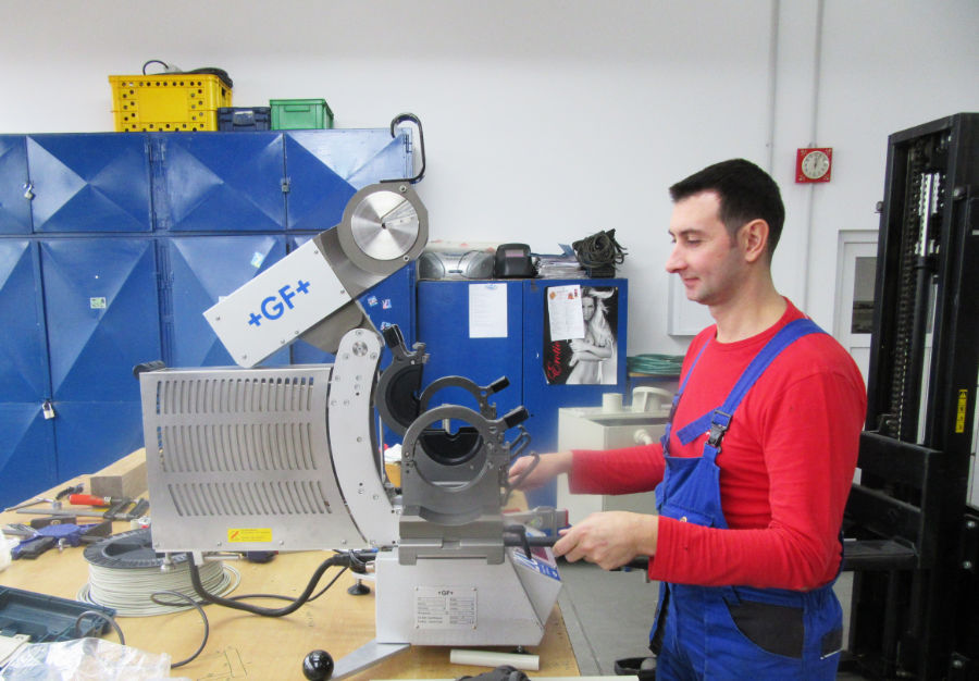 Plastic Manufacturering Company